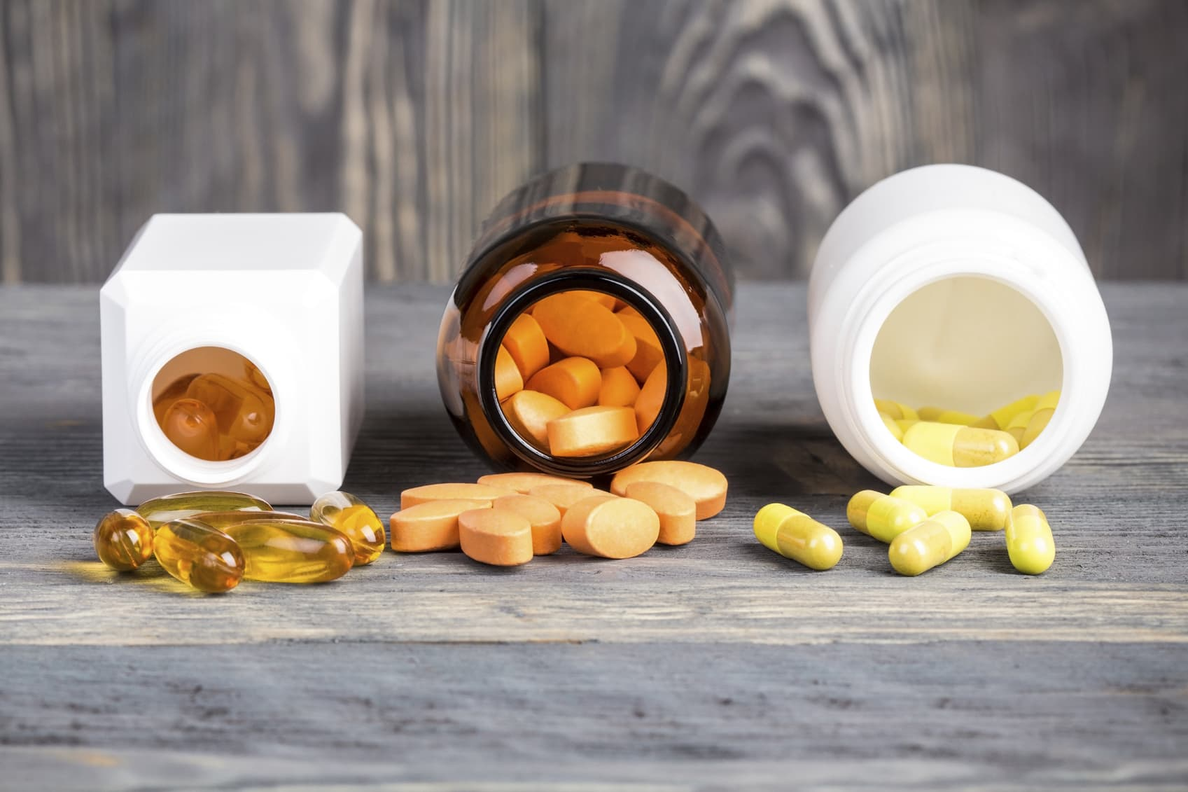 Drugs vs. Supplements: What's the Difference? - DrugAbuse.com