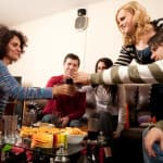 7 Warning Signs Your Friends Are Making Your Addiction Worse